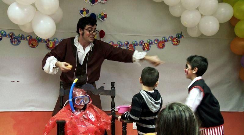 Animadores, magos y payasos para fiestas infantiles en Badalona